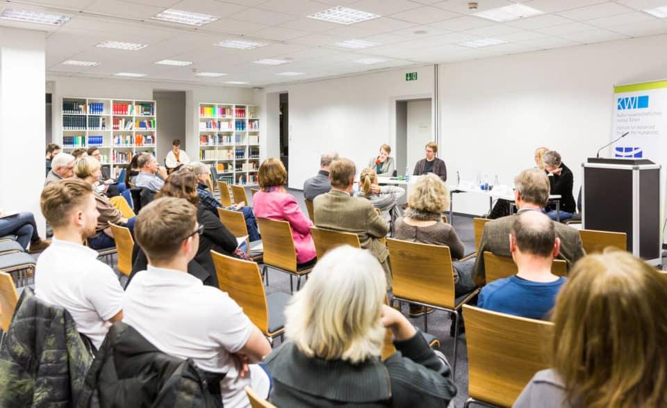 """Diskussion: Relotius Reloaded? Die Grenzen des """"Storytelling"""" in Journalismus, Literatur und Wissenschaft"""