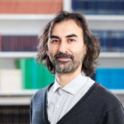 Portrait Dr. Bülent Eken