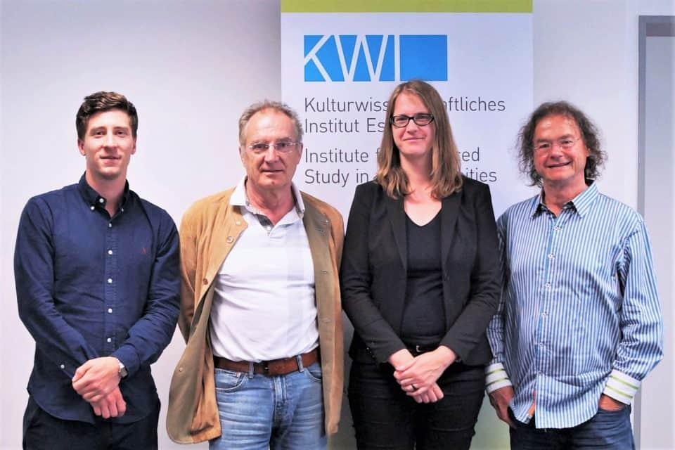 Tagung Ethnomethodologisch forschen. Zu sehen sind Herr Eberle, Herr Reichertz, Herr Hartwig und Frau Ploder. © KWI