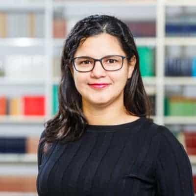 Portrait Carla R. Almeida