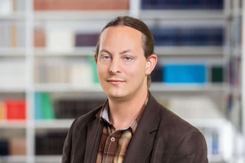 Dr. Péter Kristóf Makai